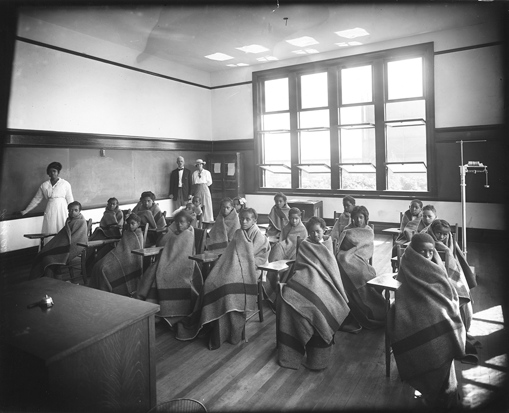 Valentine_Open Air Classroom 1916_I_Cook1657 rsz.jpg