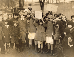 American Labor Mus_Child strikers Passaic 1926 rsz.jpg