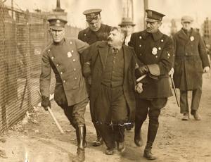 American Labor Mus_Police resistance_Martin Winkler rsz.jpg
