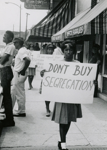 VCU_Dont Buy Segregation Farmville 1963 rsz.jpg