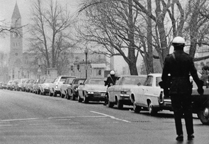 Anti school busing motorcade P_74_11_18m_rsz.jpg